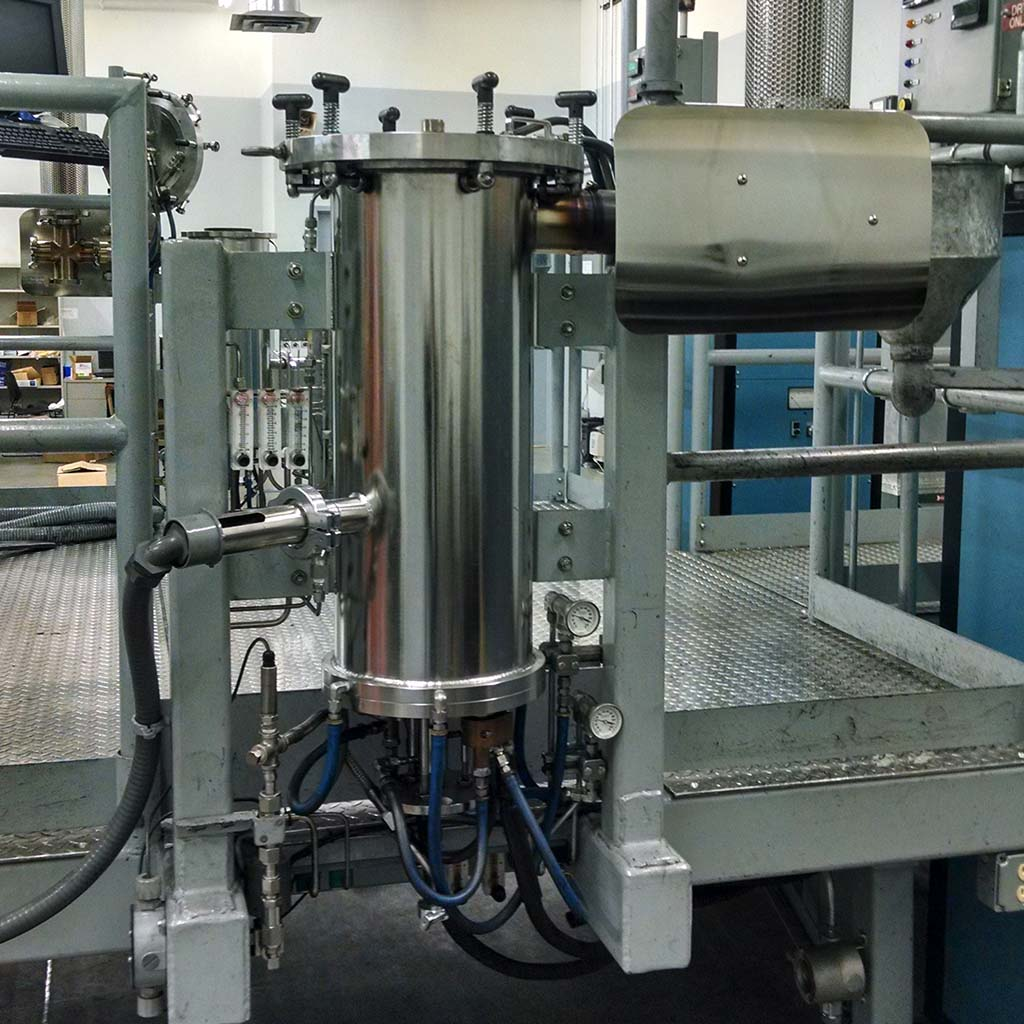 Pyrolytic Carbon Coating Technology at CMT